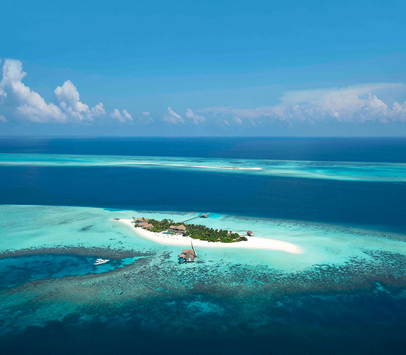 Vertis Aviation partnership with Four Seasons flagship private island